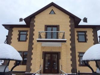 Облицовка фасадов кирпичных домов